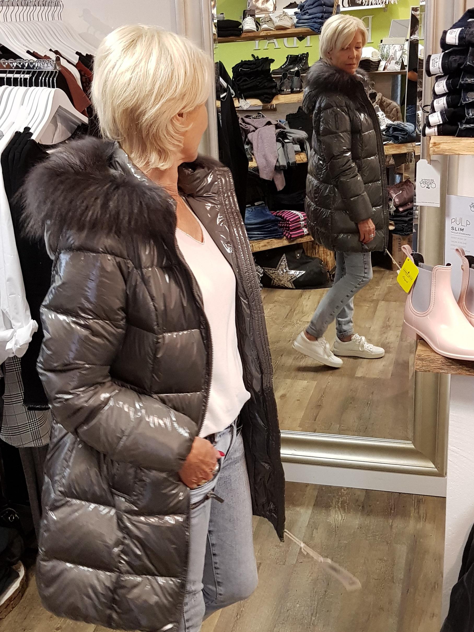 High Fashion überlegene Leistung Original kaufen Bomboogie Damen Daunen Stepp Jacke CW428P -grau metalic mit grauem Echtfell